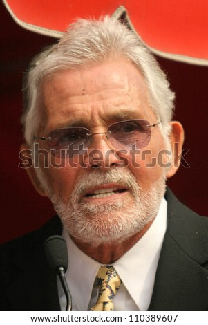 David Hedison  at the ceremony honoring Roger Moore with the 2,350th Star on the Hollywood Walk of Fame. Hollywood Boulevard, Hollywood, CA. 10-11-07