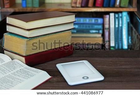 book Multi media
