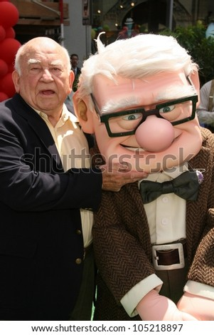 Edward Asner at the World Premiere of 'Up'. El Capitan Theatre, Hollywood, CA. 05-16-09