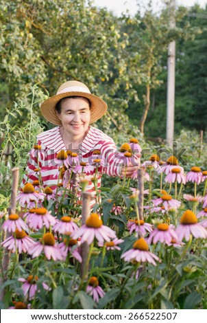 elderly women with echinacea