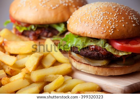 Fastfood: burgers and fries