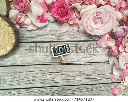 Floral 2018 Rustic Wallpaper Shabby Roses Petals On Wooden Background With