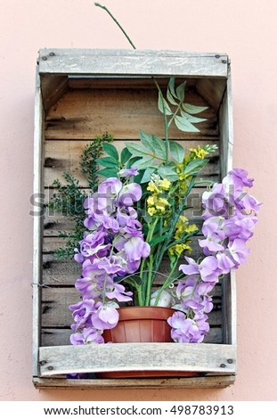 Flowers wooden box, outdoor easy idea decoration