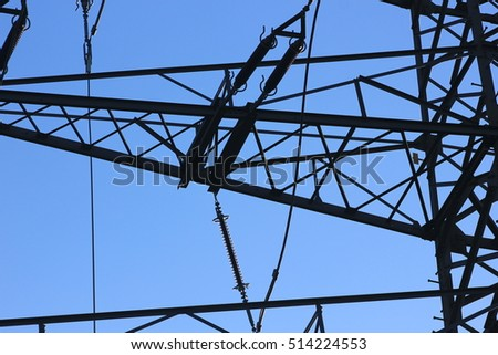 For the energy revolution we need more power lines / Outdoor power lines
