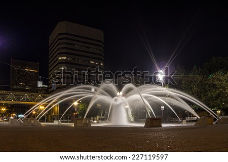 Fountain at Tom McCall Waterfront Park