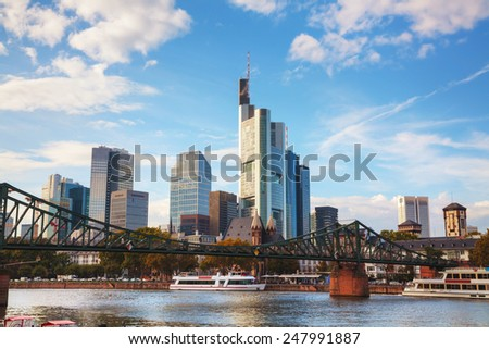Frankfurt am Maine, Germany cityscape in the evening