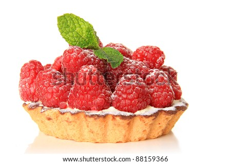 Fresh fruit pie tart with with raspberry