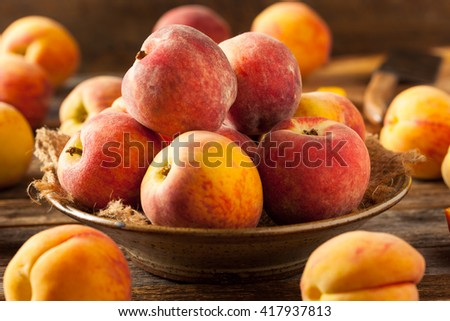 Fresh Juicy Organic Yellow Peaches Ready to Eat