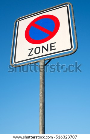 German road sign: no parking zone