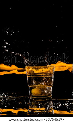 glass of water,splash,grapes
