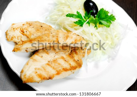 Grilled chicken breast with slaw