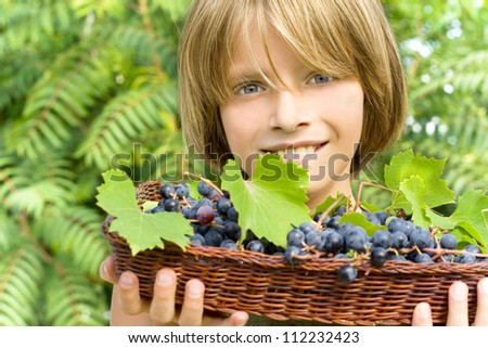 happy child in the vineyard