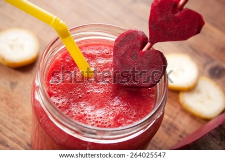 Healthy Red Smoothie with beetroot, banana and ginger