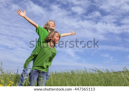 healthy summer piggyback kids in summer