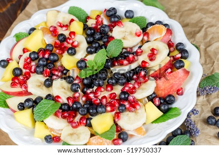 Healthy vegetarian food - freshly prepared healthy meal (fruit salad)