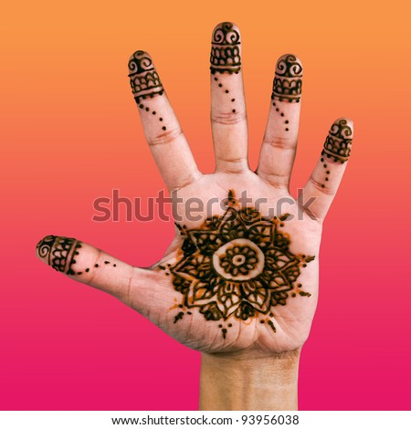 Henna design on the palm of the hand - colour gradient
