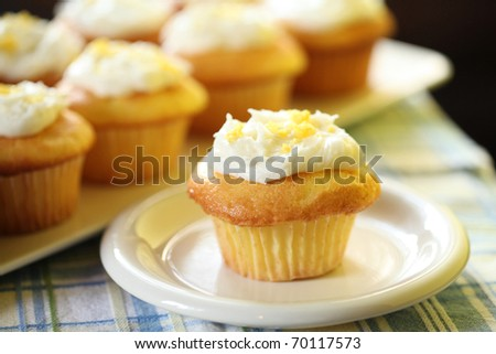 Homemade Delicious Lemon Muffin
