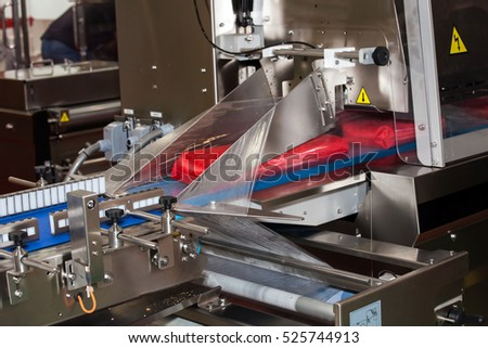 Horizontal flow-vac, flow wrapper, vacuum packaging machine for all type of food products