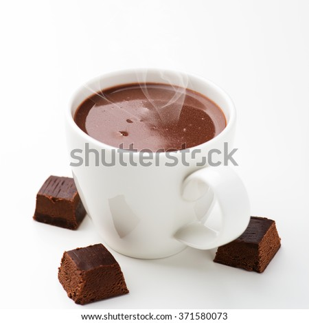 Hot chocolate and chocolate pieces