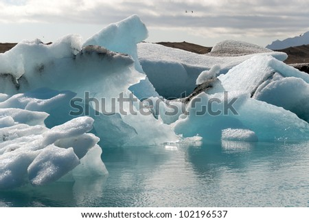 Icebergs and reflections on Lake Jokulsarlon