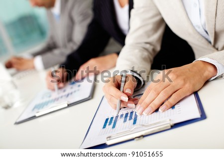 documents in a business environment 361 cu685 produce documents in a business environment (cfa) unit summary this unit is about preparing high quality and attractive documents to agreed layouts, formats.