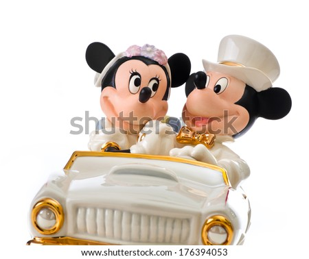 wedding cake toppers disney italy february 12 2014 minnies stock photo 176393453 8820