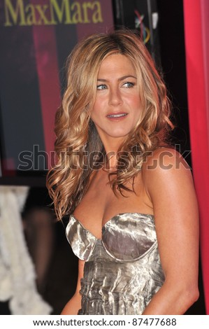 Jennifer Aniston at the Women in Film 2009 Crystal + Lucy Awards at the Hyatt Regency Century Plaza Hotel, Century City, Los Angeles. June 12, 2009  Los Angeles, CA Picture: Paul Smith / Featureflash