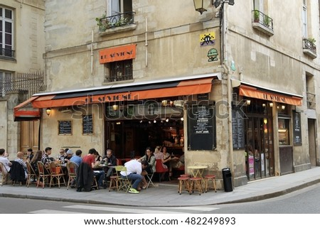June 24, 2016 - Paris, France. Street cafe/restaurant and diners.