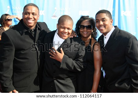 Kyle Massey and family at the 38th Annual NAACP Image Awards. Shrine Auditorium, Los Angeles, CA. 03-02-07