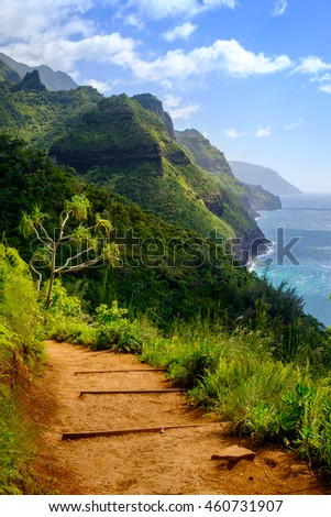 Landscape view of Na Pali coastline and Kalalau trail, Kauai, Hawaii, USA