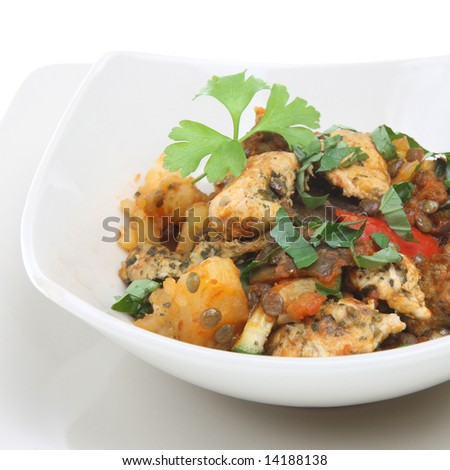 Lemon chicken with basil, lentils and potato