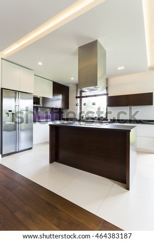 Light and spacious modern open kitchen with island