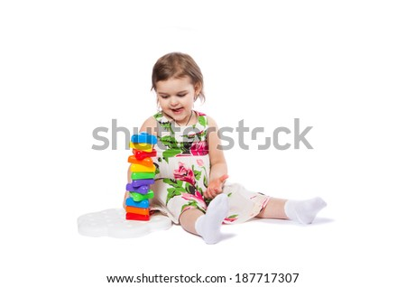 little girl with the pyramid