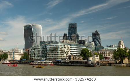 LONDON, ENGLAND - JULY 12: City cruise on July 12, 2015 in London.