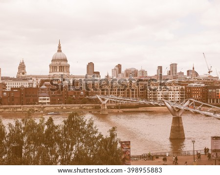 LONDON, UK - JUNE 10, 2015: Panoramic view of Thames River vintage
