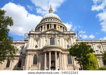 London St Paul Pauls Cathedral Facade Stock Photo ...