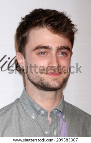 LOS ANGELES - AUG 6:  Daniel Radcliffe at the Ivyconnect's Inaugural Ivy Innovator Film Awards Honoring Daniel Radcliffe at the Landmark Theaters on August 6, 2014 in Los Angeles, CA