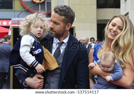 LOS ANGELES - DEC 15:  James Reynolds, Ryan Reynolds, Blake Lively, Newborn Reynolds aat Ryan's Walk of Fame Star Ceremony at the Hollywood & Highland on December 15, 2016 in Los Angeles, CA