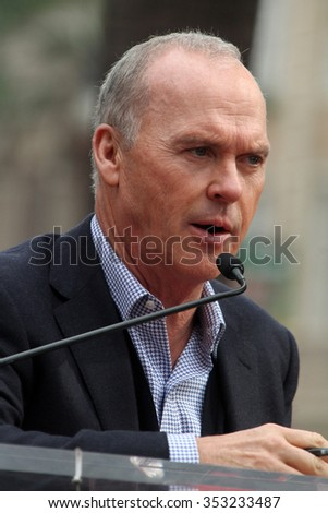 LOS ANGELES - DEC 10:  Michael Keaton at the Ron Howard Star on the Hollywood Walk of Fame at the Hollywood Blvd on December 10, 2015 in Los Angeles, CA