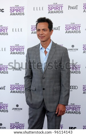 LOS ANGELES - FEB 25:  Benjamin Bratt arrives at the 2012 Film Independent Spirit Awards at the Beach on February 25, 2012 in Santa Monica, CA