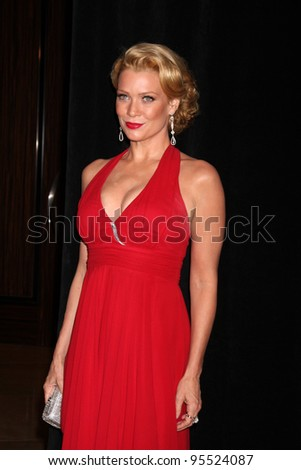 LOS ANGELES - FEB 18:  Laurie Holden arrives at the 62nd Annual ACE Eddie Awards at the Beverly Hilton Hotel on February 18, 2012 in Beverly Hills, CA