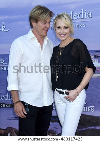 LOS ANGELES - JUL 27:  Jack Wagner, Josie Bissett arrives to the Hallmark Channel and Hallmark Movies, Mysteries Summer 2016 TCA Press Tour Event on July 27, 2016 in Beverly Hills, CA