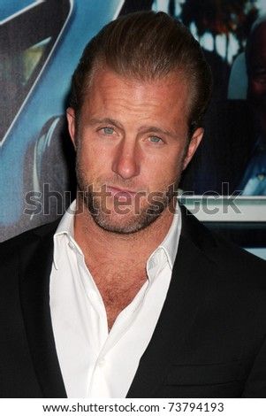 "LOS ANGELES - MAR 22:  Scott Caan arrives at the HBO's ""His Way"" Los Angeles Premiere at Paramount Theater on March 22, 2011 in Los Angeles, CA"