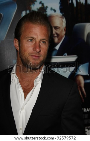LOS ANGELES - MAR 22:  Scott Caan arriving at the Los Angeles HBO Premiere of 'His Way' at Paramount Studios in Los Angeles, California on March 22, 2011.