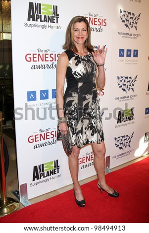 LOS ANGELES - MAR 24:  Wendie Malick arrives at  the 2012 Genesis Awards at the Beverly Hilton Hotel on March 24, 2012 in Beverly Hills, CA