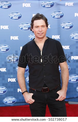 LOS ANGELES - MAY 25: Michael Johns at the American Idol Finale at the Nokia Theater in Los Angeles, California on May 25, 2011