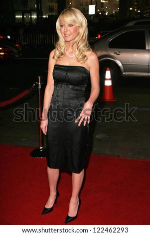 "LOS ANGELES - NOVEMBER 11: Tara Reid at the United States Premiere of ""The Fountain"" at Grauman's Chinese Theatre on November 11, 2006 in Hollywood, CA."