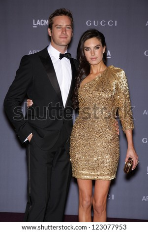 LOS ANGELES - OCT 27:  ARMIE HAMMER & ELIZABETH CHAMBERS arrives to the LACMA hosts 2012 Art + Film Gala  on October 27, 2012 in Los Angeles, CA