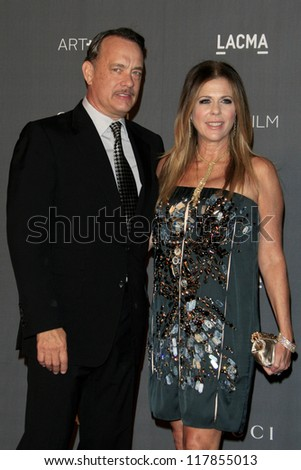 LOS ANGELES - OCT 27:  Tom Hanks, Rita Wilson arrives at the LACMA 2012 Art + Film Gala at Los Angeles County Musem of Art on October 27, 2012 in Los Angeles, CA