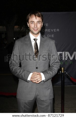 LOS ANGELES - OCT 20: Vincent Cartheiser at the 'In Time' Premiere at the Regency Village Theatre on October 20, 2011 in  in Los Angeles, California
